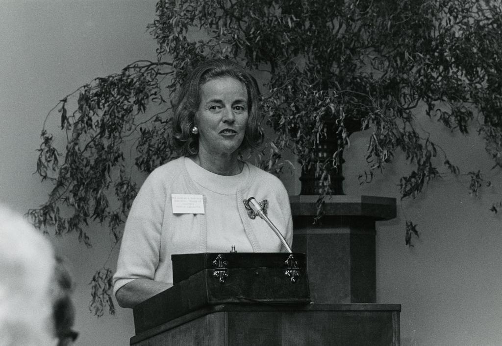 Suzette Morton Davidson at podium in Thornhill Audubon Room (Auditorium).