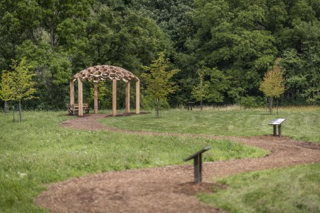 Honeycomb Pergola in Linden Collection